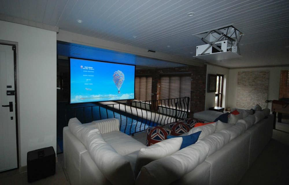 Home cinema Installation